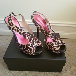 NEW Betsy Johnson Leopard heels